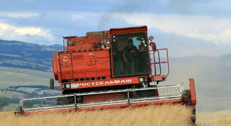 Държавата подпомага селското стопанство